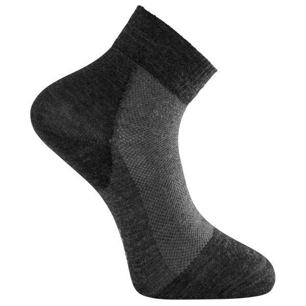 Woolpower Chaussettes Skilled Liner Short gris foncé noir
