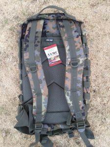 dos US Assault Pack II flecktarn